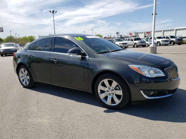 Pre Owned 2016 Buick Regal Turbo 4d Sedan In Broken Arrow 6980x