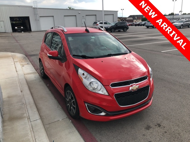Pre-Owned 2015 Chevrolet Spark 2LT FWD 4D Hatchback