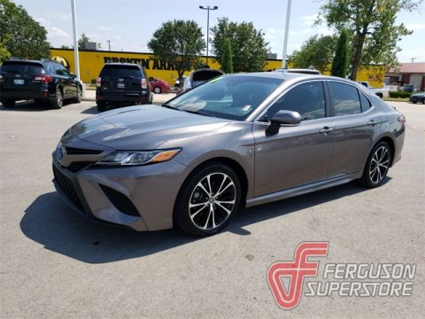 Pre-Owned 2018 Toyota Camry SE FWD 4D Sedan