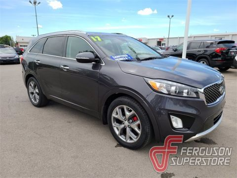 Pre-Owned 2017 Kia Sorento SX With Navigation & AWD