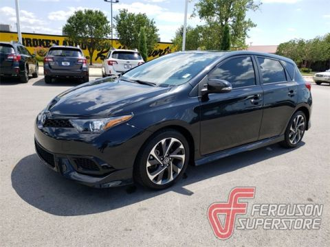 Pre-Owned 2017 Toyota Corolla iM Base FWD 5D Hatchback